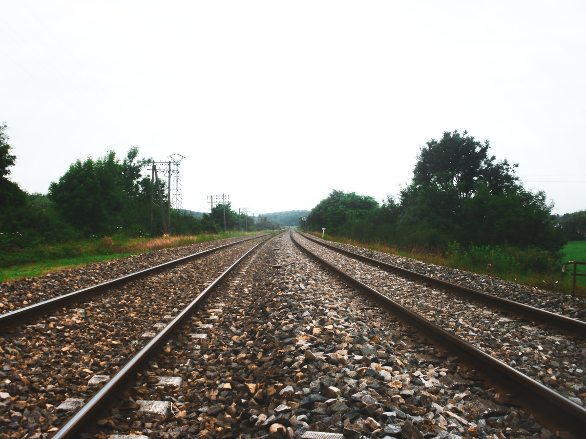 path-track-railway-field-train-travel-547851-pxhere.com